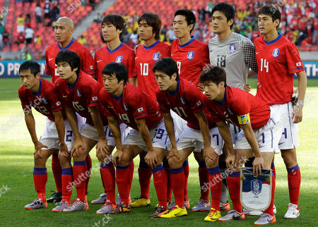 The South Korean team, front row from left, Lee Young-pyo, Ki Sung-yong, Yeom Ki-hun, Lee Chung-yong, Park Ji-sung, back row from left, Cha Du-ri, Cho Yong-hyung, Park Chu-young, Kim Jung-woo, goalkeeper Jung Sung-ryong, and Lee Jung-soo, pose for a group photo before the World Cup group B soccer match between South Korea and Greece at Nelson Mandela Bay Stadium in Port Elizabeth, South Africa