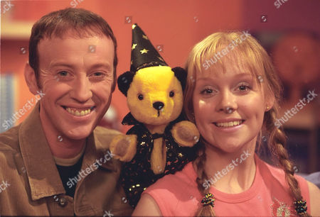 Stock Picture of 'Sooty Heights' -  Presenters Richard Cadell and Vicki Lee Taylor with Sooty.
