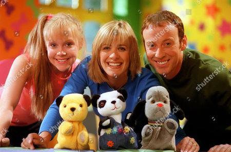 'Sooty Heights' -  Presenters Richard Cadell and Vicki Lee Taylor with Carol Smillie and Sooty.
