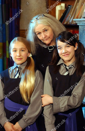 Stock Image of 'The New Worst Witch' - Clare Coulter with Francesca Isherwood and Alice Cooper.