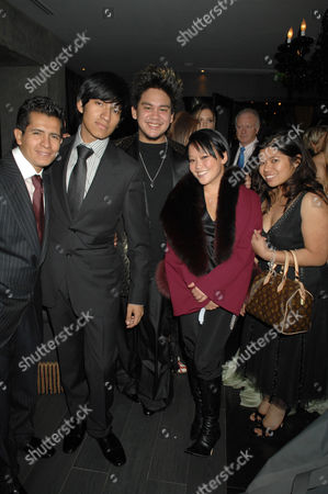 Prince Haji Abdul Azim (c) and family