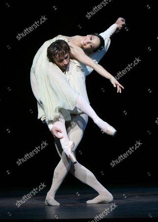 Ivan Putrov and Roberta Marquez