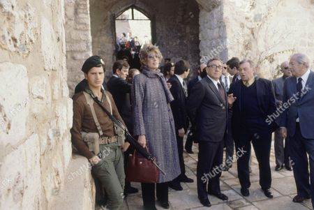 Henry Kissinger, Nancy Kissinger Former U.S. Secretary of State, Henry Kissinger with his wife and others during his 2-day trip to Israel in January 1981