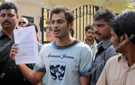 Shoaib Malik Pakistani cricketer Shoaib Malik holds a press release as he addresses the media outside Indian tennis player Sania Mirza's house in Hyderabad, India, . According to news reports, Malik's alleged first wife Ayesha Siddiqui will file a case against the cricketer who has been accused of marrying and dumping her without a divorce. Malik is set to marry Mirza, a union of two of South Asia's most well known sports personalities