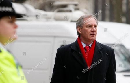 Geoff Hoon Former British Defense Minister Geoff Hoon arrives to give evidence at the Iraq War Inquiry in London