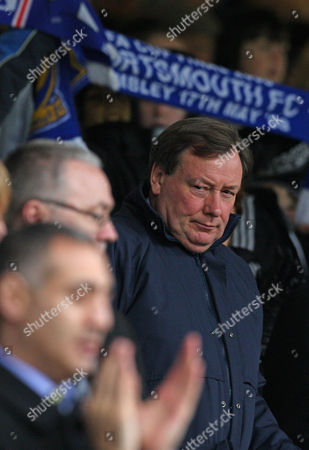Peter Storrie Portsmouth Cheif Executive Peter Storrie takes his seat for their fourth round FA Cup soccer match against Sunderland at the Fratton Park stadium, Portsmouth, England, . (AP Photo/Tom Hevezi) ** NO INTERNET/MOBILE USAGE WITHOUT FOOTBALL ASSOCIATION PREMIER LEAGUE(FAPL)LICENCE. CALL +44