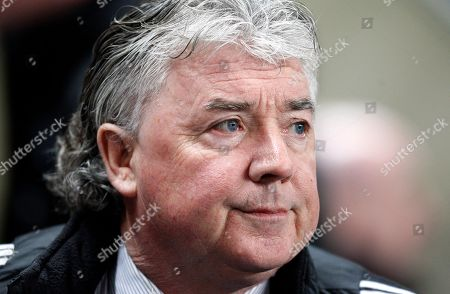 Joe Kinnear Newcastle's manager Joe Kinnear is seen before his team's 2-1 loss at Manchester City in their English Premier League soccer match at The City of Manchester Stadium, Manchester, England, . (AP Photo/Jon Super) ** NO INTERNET/MOBILE USAGE WITHOUT FOOTBALL ASSOCIATION PREMIER LEAGUE (FAPL) LICENCE. CALL +44