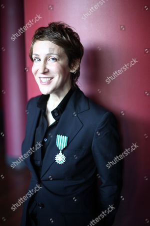 Stacey Kent U.S. Jazz singer Stacey Kent is seen after being awarded with the medal of Knight of the French Order of Arts and Literature by French Culture Minister Christine Albanel, unseen, during a ceremony at the Quai Branly museum in Paris