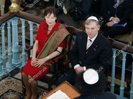 Horst Kohler, Eva Luise Kohler German President Horst Kohler, right, and his wife Eva Luise Kohler look on during their visit to Jewish synagogue at Colaba in Mumbai, India, . Kohler is on a week long visit to India