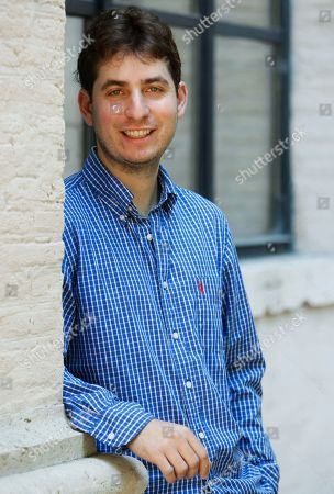 """US writer Matthew Pearl poses during a photo call prior to a meeting with the press at the """"House of Literatures"""" in Rome"""