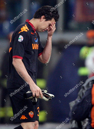 Alexander Doni AS Roma goalkeeper Alexander Doni of Brazil, leaves the pitch after receiving a red card from the referee, during the Serie A soccer match between AS Roma and Chievo at Rome's Olympic stadium, . AS Roma won 1-0