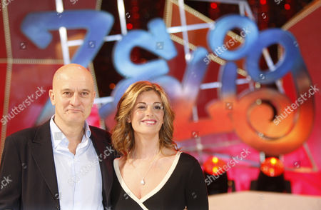 Claudio Bisio and Vanessa Incontrada pose for photographer during a presentation of 'Zelig 2010' Tv show, in Milan, Italy, Tuesday, Jan.12, 2010