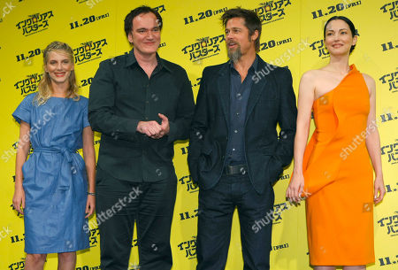 """Stock Photo of Brad Pitt, Quentin Tarantino, Melanie Laurent, Julie Dreyfus U.S. actor Brad Pitt, second from right, along with U.S. director Quentin Tarantino, second from left, and French actresses Melanie Laurent, left, and Julie Dreyfus poses for photographers before a press conference for their latest film """"Inglourious Basterds"""" in Tokyo, Japan"""