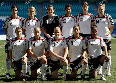 Sonja Fuss, Babett Peter, Melanie Behringer, Inka Grings, Nicole Banecki, Linda Bresonik, Saskia Bartusiak, Nadine Angerer, Navina Omilade, Kerstin Garefrekes, Kim Kulig Germany's team poses for a photo before their women's soccer Algarve Cup 3rd place match with Denmark, outside Faro, southern Portugal. Players are, from left to right, in the front row, Sonja Fuss, Babett Peter, Melanie Behringer, Inka Grings and Nicole Banecki. And in the back row, Linda Bresonik, Saskia Bartusiak, Nadine Angerer, Navina Omilade, Kerstin Garefrekes and Kim Kulig
