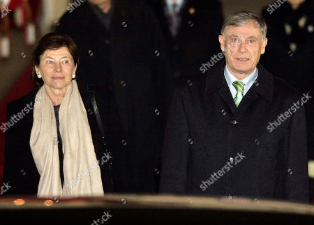 Horst Kohler, Eva Luise Kohler German President Horst Kohler, right, and his wife Eva Luise Kohler arrive at Seoul Military Airport in Seongnam, South Korea, . Kohler is on a four-day official visit to South Korea