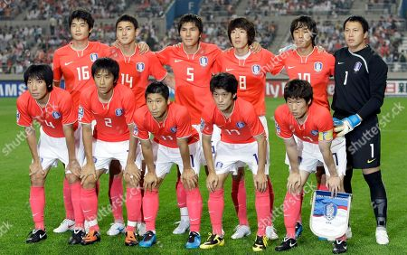 South Korea national soccer players, back row from left to right, Ki Sung-yueng, Lee Jung-soo, Kim Dong-jin, Kim Jung-woo, Park Chu-young, Lee Woon-jae and front row from left to right, Cho Yong-hyung, Oh Beom-seok, Lee Keun-ho, Lee Chung-yong, Park Ji-sung pose before the 2010 FIFA World Cup Asia group 2 qualifying soccer match against Iran at Seoul World Cup Stadium in Seoul, South Korea, Wednesday, June, 17, 2009