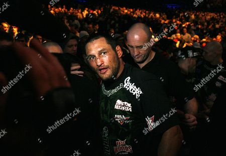 Dan Henderson Dan Henderson after he defeated Rich Franklin in the Light Heaveyweight bout, UFC 93, in Dublin, Ireland