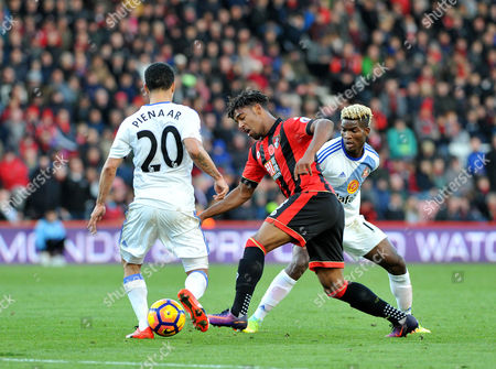 Jordon Ibe, of Bournemouth, takes on Steven Pienaar, and Didier Ndong, of Sunderland,, during the Premier League match between Bournemouth and Sunderland, at The Vitality Stadium (Dean Court) on 5th November 2016.
