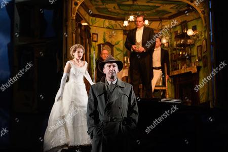 Carmela Corbett (Sheila Birling), Clive Francis (Mr Birling), Liam Brennan (Inspector Goole), Matthew Douglas (Gerald Croft), Hamish Riddle (Eric Birling).