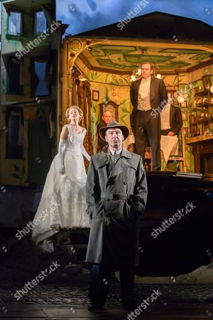 Carmela Corbett (Sheila Birling), Clive Francis (Mr Birling), Liam Brennan (Inspector Goole), Matthew Douglas (Gerald Croft), Hamish Riddle (Eric Birling)