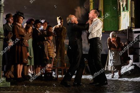 Clive Francis (Mr Birling), Hamish Riddle (Eric Birling), Diana Payne-Myers (Edna).