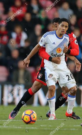 Joshua King of Bournemouth and Steven Pienaar of Sunderland. Bournemouth v Sunderland, Premier League