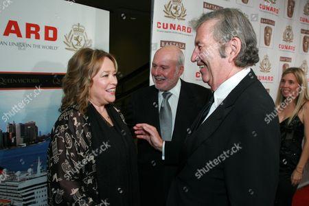 Kathy Bates, New Line Cinema's Michael Lynne and Bob Shaye