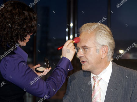 Harald Schmidt Late night talker Harald Schmidt gets make up during a presentation for the new show in Cologne on Wednesday Sept.12,2007