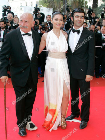 Tuncel Kurtiz, Nurgul Yesilcay, Fatih Akin Actors Tuncel Kurtiz, left, Nurgul Yesilcay, center, and director Fatih Akin arrive for the awards ceremony at the 60th International film festival in Cannes, southern France, on