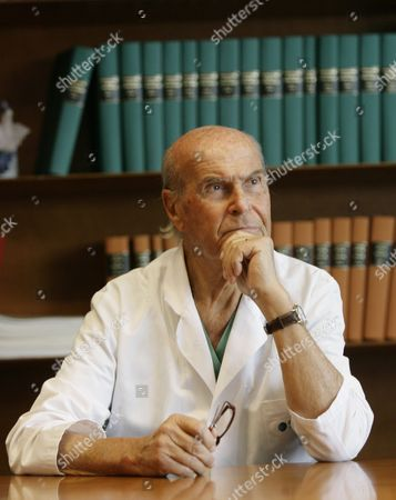 Umberto Veronesi Umberto Veronesi during a press conference at the 'Istituto Oncologico Europeo' the Italian cancer research institute in Milan, Tuesday, Nov.20, 2007
