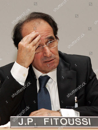 """Jean Paul Fitoussi French economist Jean Paul Fitoussi speaks during the seventh edition of the """"Nobels Colloquia"""" meeting in Trieste, Italy"""