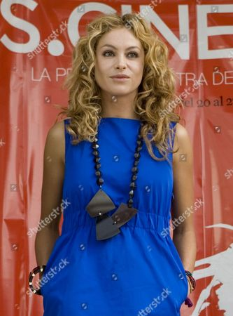 Paulino Rubio Mexico's pop star Paulina Rubio poses for photographers during to press conference to promote the upcoming Spanish film festival ES.CINE in Mexico City, . The festival will show 19 films between Nov. 20 and 27