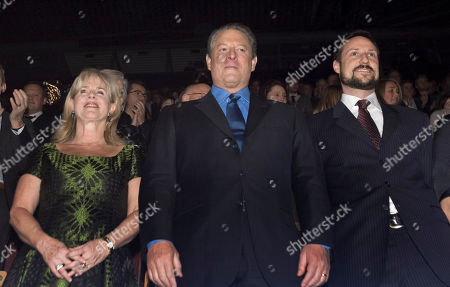 Tipper Gore, Al Gore, Crown Prince Haakon Nobel laureate Al Gore, center, his wife Tipper, left and Norway's Crown Prince Haakon attend the Nobel Peace Prize concert in Oslo,. Artists from all over the world gathered at the Oslo Spektrum to help spread the message of peace and celebrate this year's Nobel Peace Prize laureates - Al Gore and Rajendra Pachauri, chairman of the United Nations Intergovernmental Panel on Climate Change