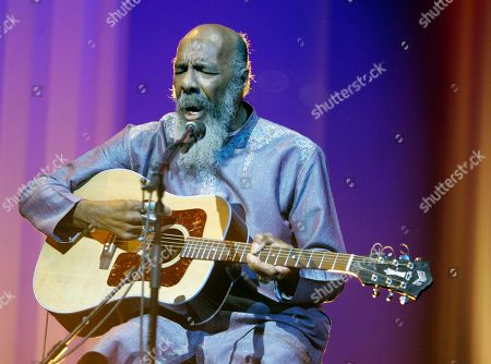 Richie Havens Richie Havens plays at the opening night ceremony during the 61st International film festival in Cannes, southern France. Havens, who sang and strummed for a sea of people at Woodstock, has died at 72. His family says in a statement that Havens died, of a heart attack