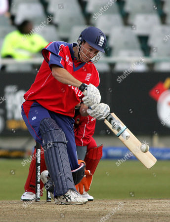England's Chris Schofield bats during the Twenty20 World Cup against Zimbabwe at Newlands in Cape Town, South Africa
