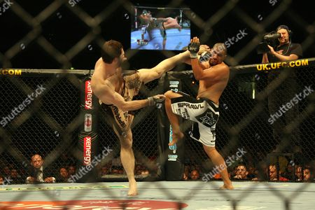 Forrest Griffin, Hector Ramirez Forrest Griffin, left, lands a high kick against Hector Ramirez at UFC 72 in Belfast, Northern Ireland on . Griffin won the fight by unanimous decison