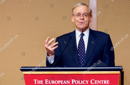 DONALDSON U.S. Securities and Exchange Commission Chairman William Donaldson gestures as he talks during an European Policy Centre breakfast meeting in an hotel in Brussels, . Donaldson was speaking on the U.S.-EU regulatory relationship