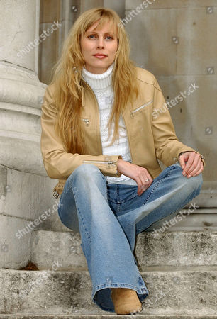 Russian singer Marina Laslo poses during in London. . Laslo whose repertoire includes jazz, blues, folk as well as popular songs and musical theater, will make her British debut when she performs at St John's in London's Smith Square on May 24