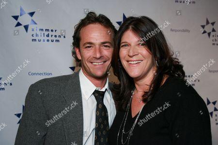 Luke Perry and Co-honoree Missy Halperin