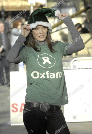 Sinead Moynihan launches Oxfam Unwrapped. Sinead Moynihan plays the character Beth Clement in Hollyoaks. She also played the lead role in Drop Dead Gorgeous.