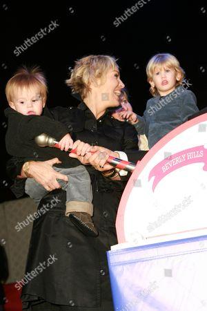 Sharon Stone, Quinn Kelly Stone & Laird Vonne Stone