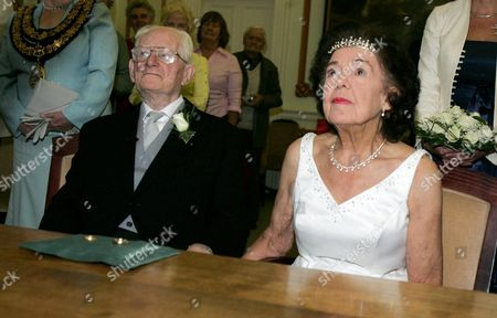Peggy Clark, 84 and James Mason, 93 at their wedding as they become Britains oldest newly married couple at Oldway Mansion, Paignton, Devon.