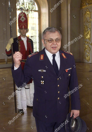 KUJAT In Berlin showing German army Gen. Harald Kujat at the Charlottenburg Palace in front of a person dressed in a historic Prussian uniform. Kujat is appointed as the next chairman of the Military Committee, the highest military authority in the Nato. Kujat, 59, will replace Adm. Guido Venturoni of Italy by June 2002. The chairman of the Military Committee is the top uniformed official in Nato