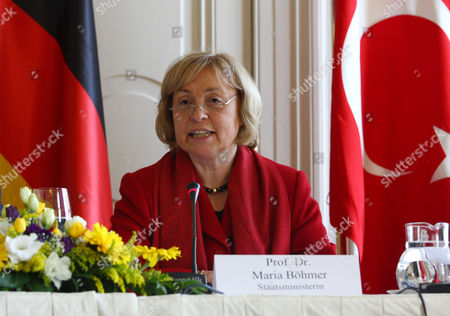 Prof Dr. Maria Bohmer