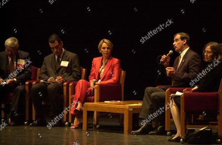 Mexican president Vicente Fox answers questions from a panel of North American Hispanic journalists in Tijuana, Mexico on . The event was an activity of the National Association of Hispanic Journalists which is holding it's annual convention in nearby San Diego, California. From left to right, Frank del Olmo (Los Angeles Times), Richard Chacon (Boston Globe), Maria Elena Salinas (Univisin) and Cecilia Alvear (NBC News). Not pictured is Ricardo Chavira (Dallas Morning News