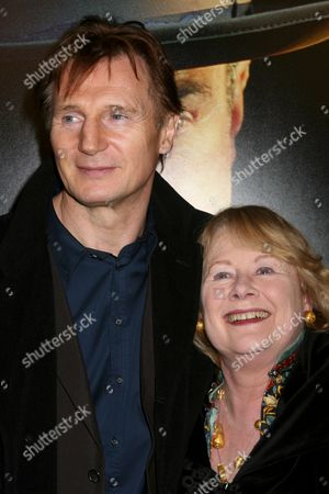 Liam Neeson, Shirley Knight