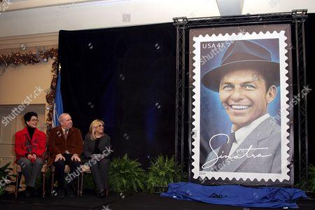 Tina Sinatra, Frank Sinatra Jnr. and Nancy Sinatra