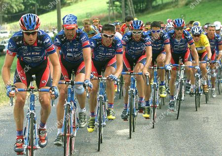 ARMSTRONG The U.S. Postal team of overall leader Lance Armstrong of the U.S. (second from right) controls the pack during the eleventh stage of the Tour de France cycling race between Le Bourg D'Oisans and Saint-Etienne, central France, . From left are Christian Vandevelde, Peter Meinert-Nielsen of Denmark, Pascal Derame of France, Kevin Livingstone, George Hincapie, Frankie Andreu, Armstrong and Tyler Hamilton (all of the U.S. except otherwise stated