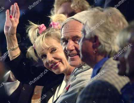 BERGHOFF STOLPE German news presenter Dagmar Berghoff, left, and the Governor of the federal state of Brandenburg Manfred Stolpe are seen during a show named 'The Gala' that was aired by German TV on the opening night of the Expo 2000 World Exhibition in Hanover, northern Germany