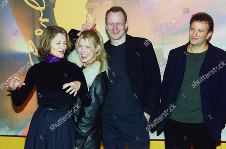"""SKARSGARD Actresses Charlotte Rampling, left, and Deborah Kara Unger, second from left, pose for photographers prior to a news conference on their movie """"Signs and wonders"""" in Berlin . Right is Director Jonathan Nossiter and actor Stellan Skarsgard"""
